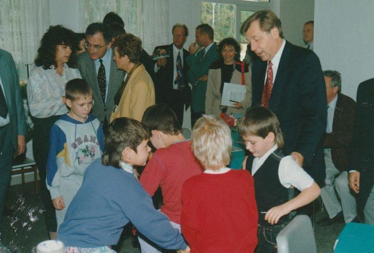 j 1993_Diepken